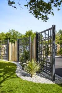 brise vue design dans le jardin