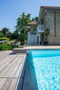 piscine à débordement inox