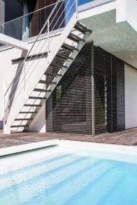 piscine et détail architecture