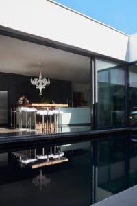 piscine dans la cuisine