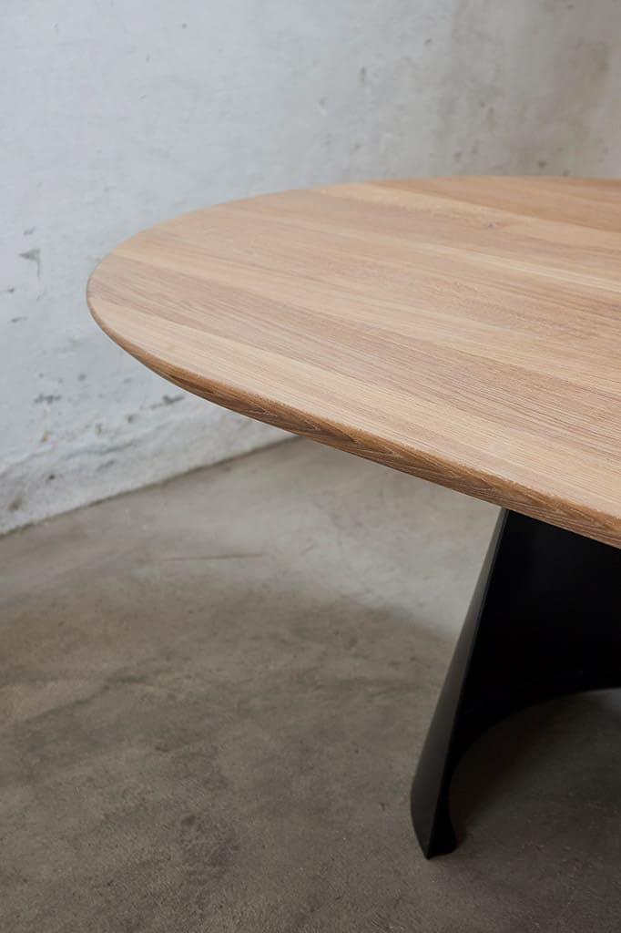 détail du plateau en bois